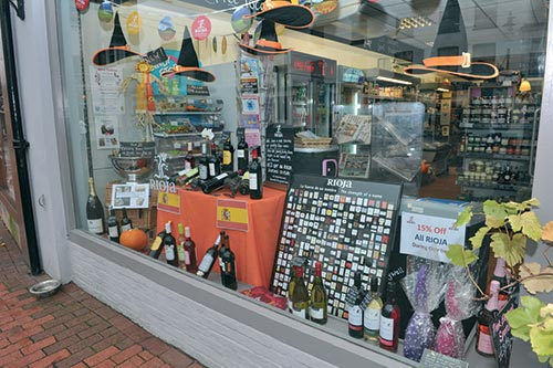 """<figcaption></noscript>Whether it's the Olympics, Halloween or Chelsea's Champion's League win, Chris uses national events to create eye-catching themed window displays</figcaption>"""" width=""""500″ height=""""333″ /> Whether it's the Olympics, Halloween or Chelsea's Champion's League win, Chris uses national events to create eye-catching themed window displays</figure> <figure class="""